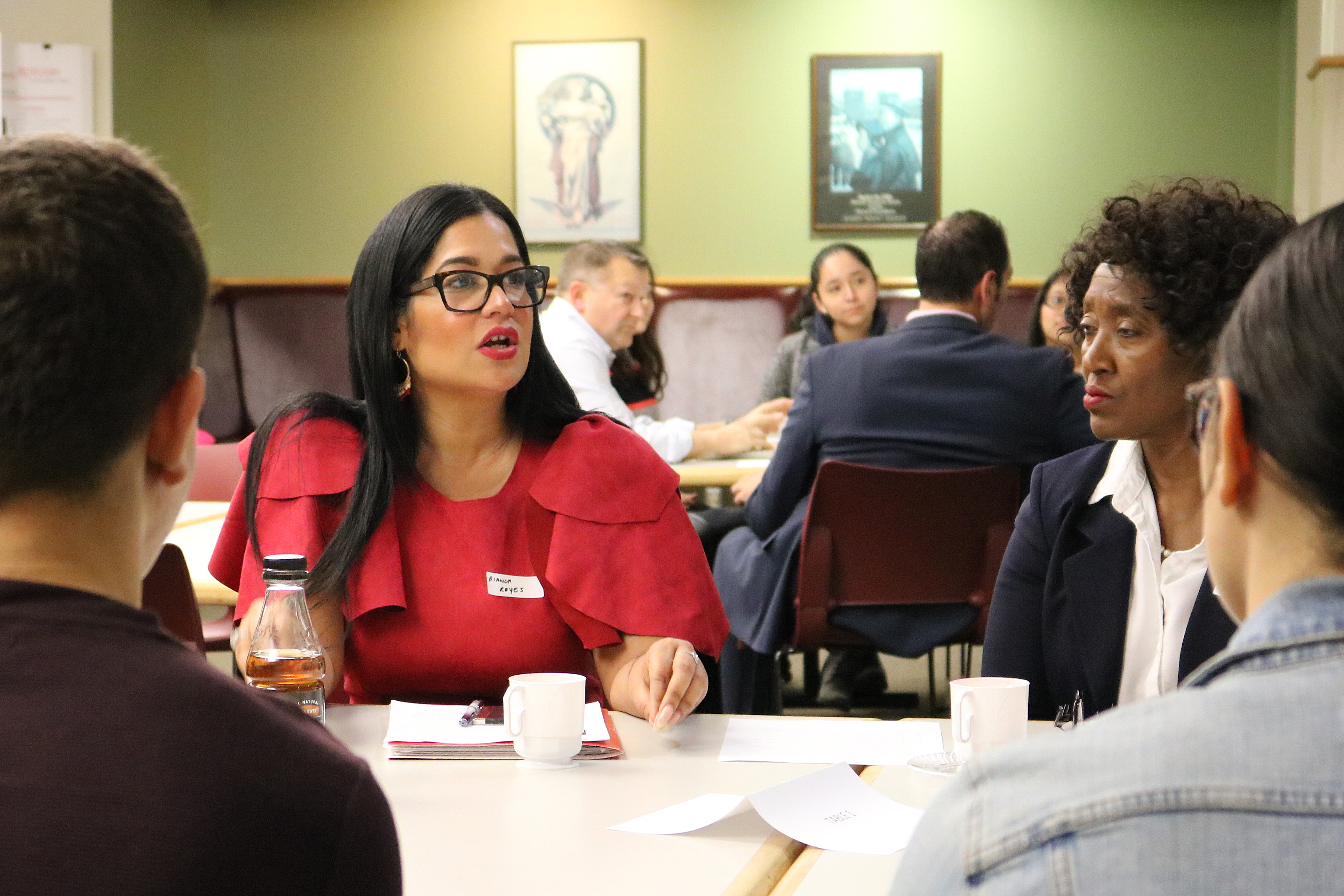 Reyes at a recent speed-mentoring event for Honors College students.