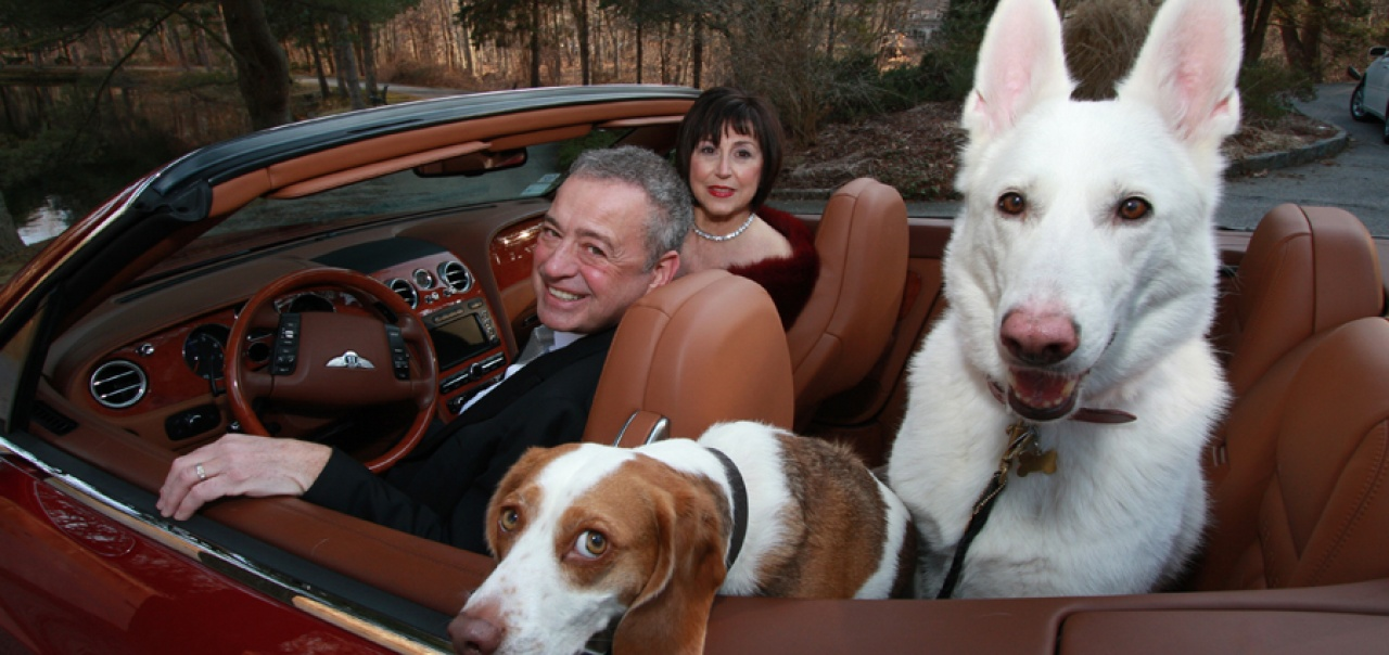 RU-N alum Alan Weiss with wife, Maria, and their two dogs