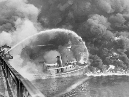 The Cuyahoga River fire of Nov. 1, 1952.CreditCreditBettmann/Getty Images
